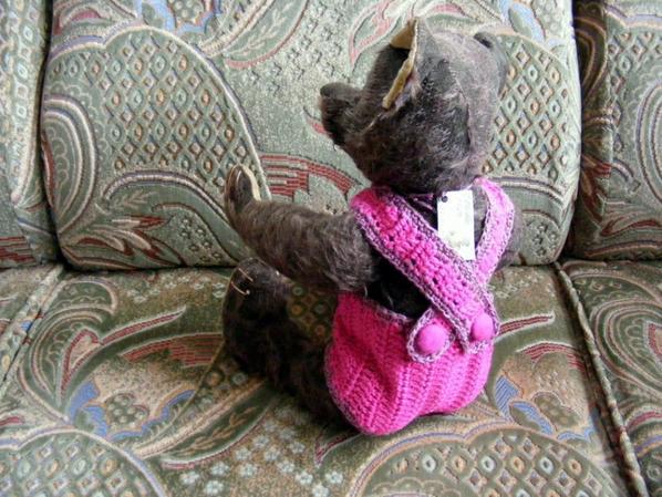 Othello est fière de vous montre sa petite laine que je viens de terminer++++