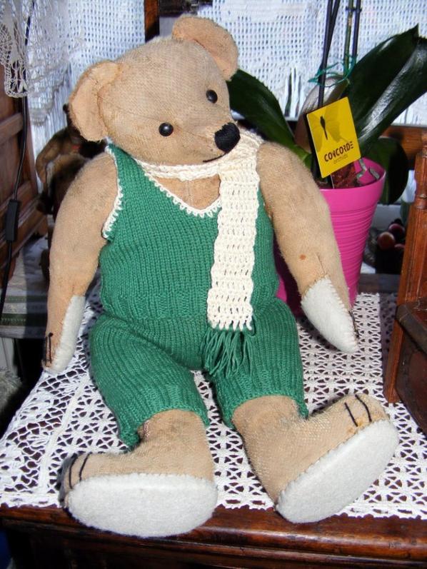 Mon Waldobert avec sa petite laine que je viens de terminer++++
