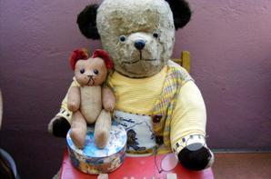 Mon petit Pierre viens d'arrivé il vous souhaite un très beau weekend à vous tous+++++
