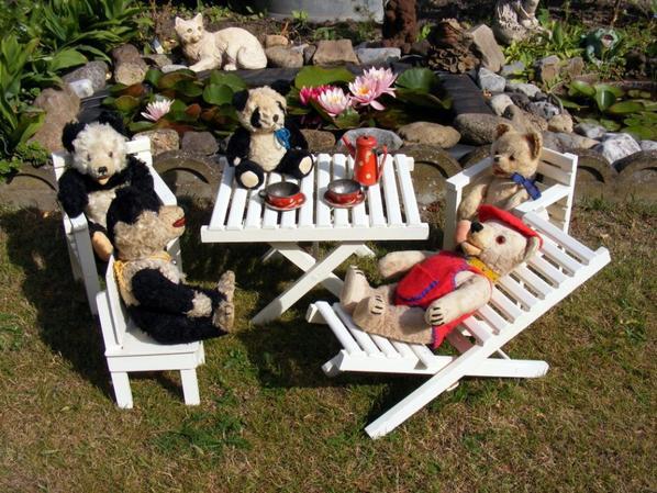 mes ours panda au soleil une très belle journée à vous tous++++