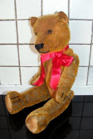 Un petit coucou de mon petit Billy ours anglais né vers 1930+++