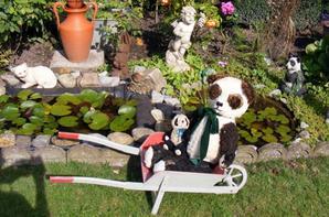 Mes pandas vous souhaite un beau dimanche à vous tous++++