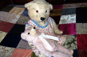 Mon ours Rose poudré vous souhaite à tous une bon début de semaine+++