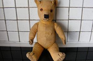 Voici mon petit dernier Manfred ours anglais 39 cm++++