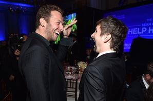 "Matt & Chris Martin au Gala ""Help Haiti Home"", janvier 2015."