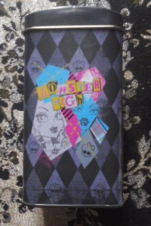 Tirelire en métal Monster High