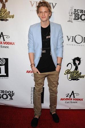 Cody a fait un tapis rouge