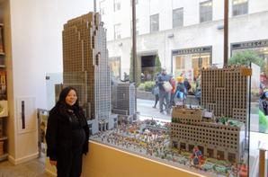 New York en Lego à Toys R Us Time Square, LEGO Shop Rockefeller Center et Intrepid Museum