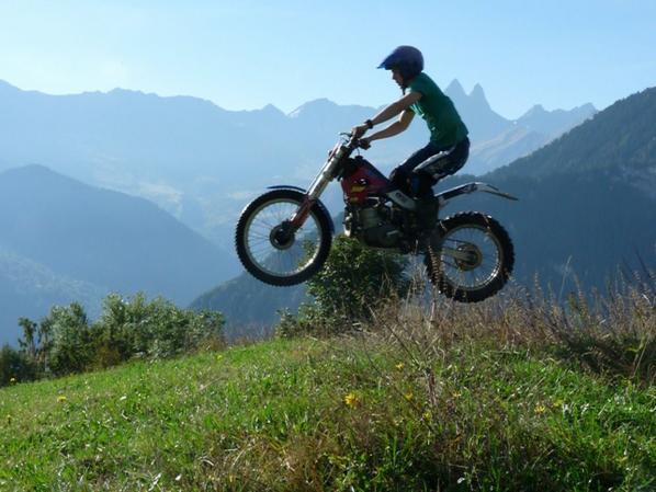 Moto (l)