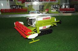 Livraison en provenance d'Agritechnica : Claas Commandor 228CS