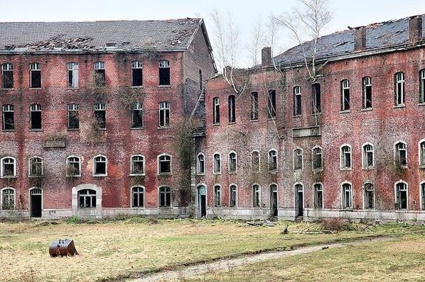visite d'un Hôpital psychiatrique Abandonné (Leern a 7 km de Genk)