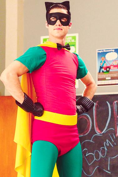 Darren Criss /Blaine   Glee 4x03