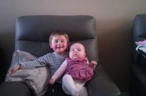 nouvelle photo de mon loulou et de ma ptite niece noemie