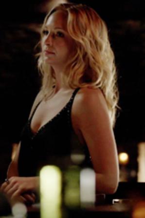 """Fan Fiction Vampire Diaries """"Pas si différent ..."""" Chapitre 10"""