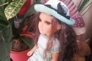 et voila une petite robe et son chapeau pour nancy