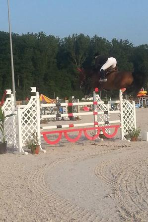 premier jumping 4* de mons: en image bientot plus de photo ;)