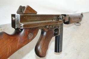 Mitrailleuse US Thompson M1A1 de 1944