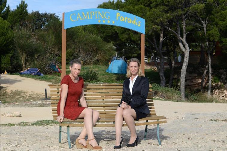 Virginie Caliari Dans Camping Paradis