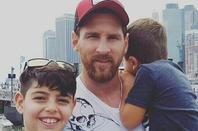 Famille Messi avec famille Suarez & Famille Busquets