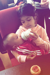 Morena & Martina Rojo avec leur cousins