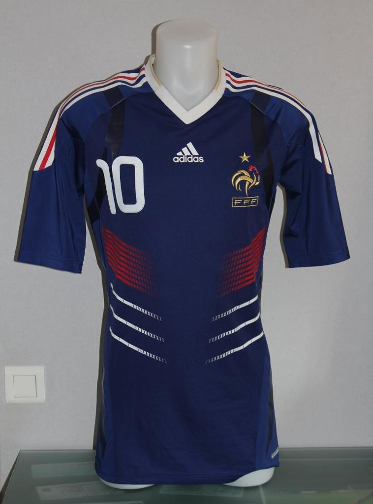 Maillot de l'équipe de France espoir porté par NGOG