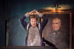 Premières photos de Benedict jouant Hamlet au Barbican Center de Londres