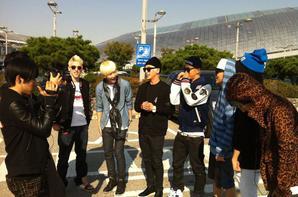 Les B.A.P sont aux U.S.A à L.A (Los Angeles) !!!! Et ils se sont reteints les cheveux en blond !!! Wariooooooooooor <3