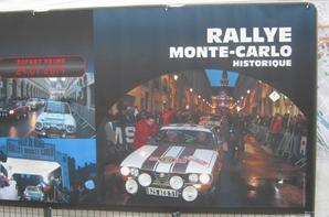 les Renault 8 Gordini au Rallye Monté-Carlo Historique au Départ de Reims le Vendredi 24 Janvier 2014