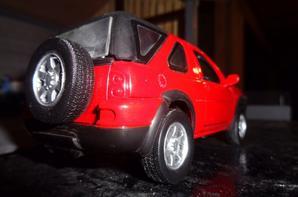 Nouveautee chez le voisin Bernard: 4x4 Land Rover Freelander