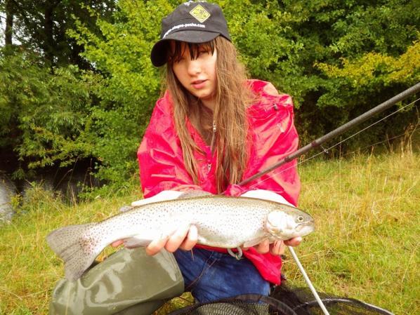 Initiation de la pêche au vairon manié