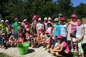 Centre aéré meusien à la pêche au Domaine du grand étang de Narcy