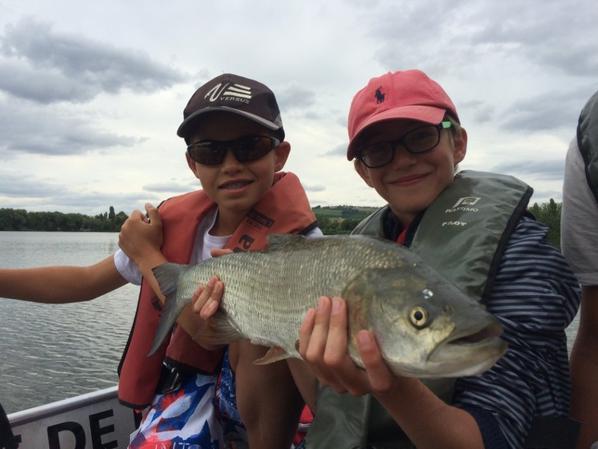 Colonie de pêche au lac de la Madine