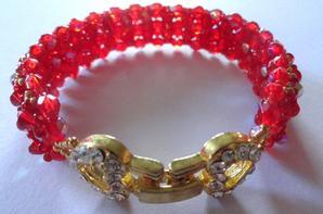 De l'or, du rouge pour une magnifique parure !