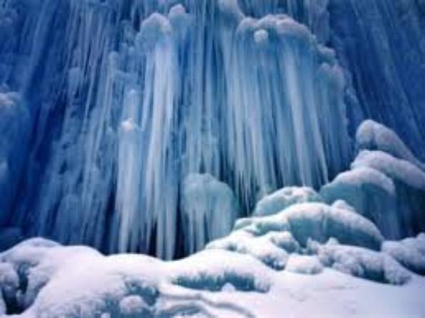 Des stalactites pour une parure complètement givrée !!!