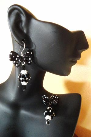 Boucles d'oreilles So Girly ...