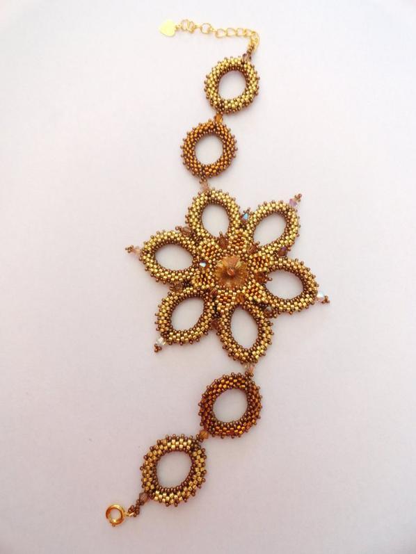 Bracelet fleur d'Orsina !