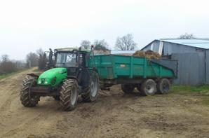 Le deutz en plein boulot ,avec le new holland