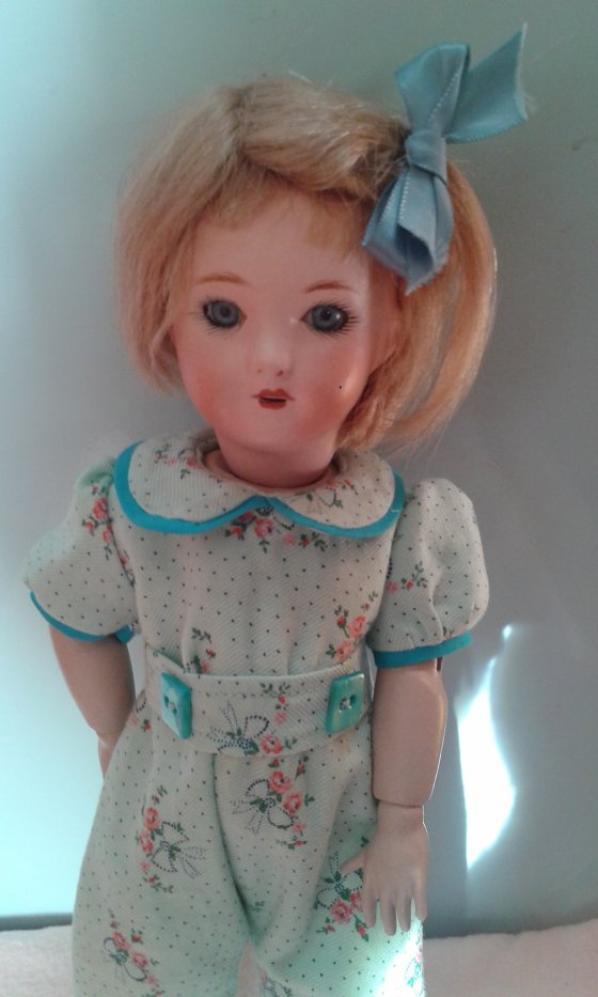 """Pour Bleuette, """"La nuit en rose"""" année 1955, pyjama présenté page 371"""
