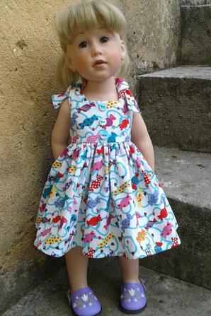 """Une GÖTZ """"Sophie"""" porte la robe BONBONS ACIDULES"""