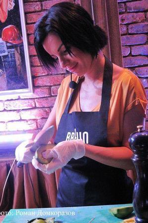 Yulia qui cuisine