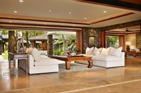 ANGES 8 - Découvrez la sompteuse villa Hawaienne où ils sont logés !
