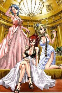 fairy tail en robe de soirée