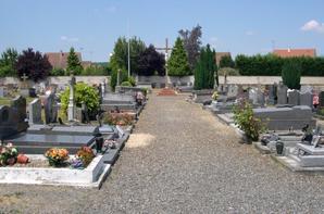 Fiction 3 Chapitre 9 Le fantôme du cimetière