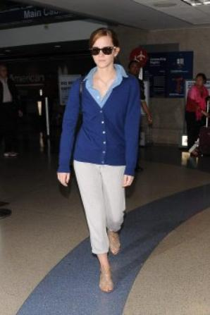 Emma Watson arrive a Los Angeles