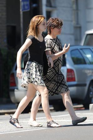 Emma et sa Mère se promènent dans Londres !