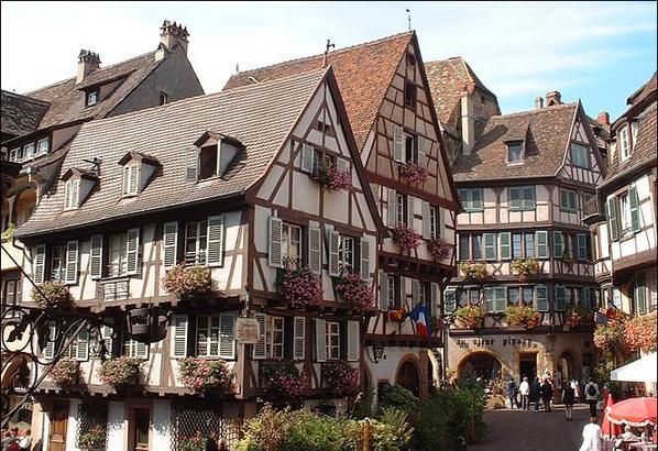 COLMAR en  ALSACE - Prefecture du Haut Rhin -