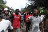 Aujourd'hui lundi 19 septembre le peuple congolais a décidé d'en finir avec le régime Kabila. Etikala Biso mpe na ba Diaspora to lakisa exemple.