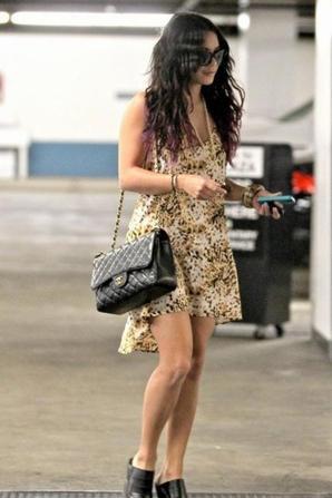 Style de Vanessa Hudgens à la sortie d'un rendez-vous !