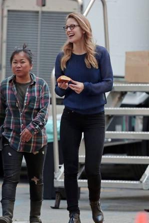 Melissa sur le tournage de Supergirl hier :)
