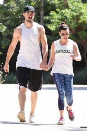 Lea et Matthew hier en randonnée à TreePeople Park :)